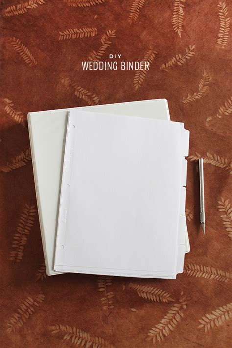 Wedding Planner Binder Diy by Diy Wedding Binder With Free Printables Almost Makes