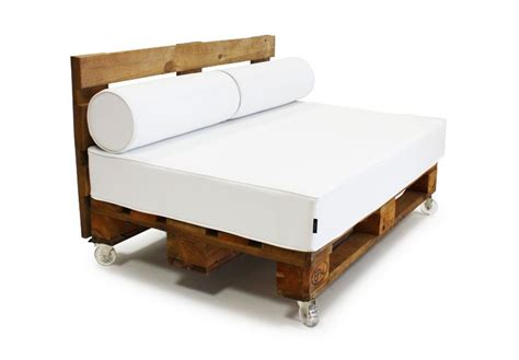 sofa reciclado el sof 225 contempor 225 neo es un palet reciclado pallets