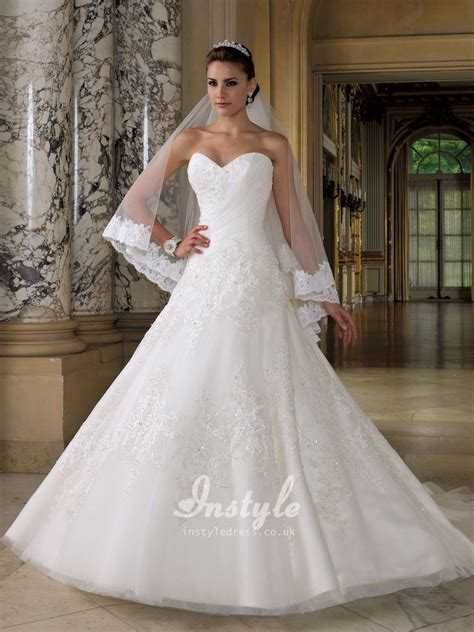 sweetheart strapless wedding dress with beaded