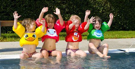 zwemvest les le puddle jumper s 233 curit 233 piscine des enfants