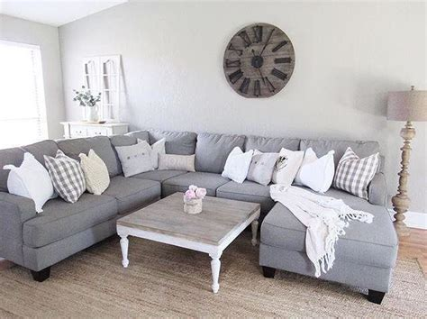 Gray Sofa In Living Room Best 20 Gray Sectional Sofas Ideas On Family Room Sectional Grey Sectional Sofa