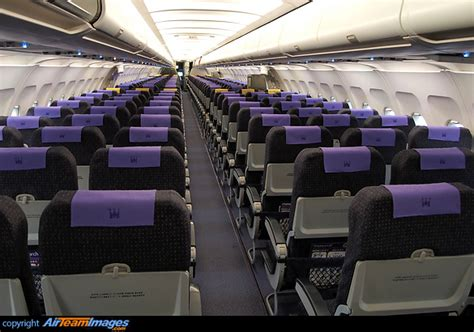 Airbus A321 Cabin by Airbus A321 231 G Ozbe Aircraft Pictures Photos