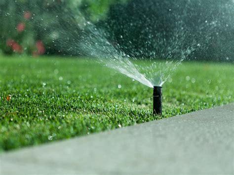 impianto di irrigazione giardino impianto di irrigazione interrato un alleato per un