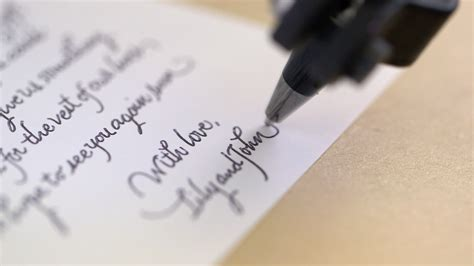 bond robot can write in your handwriting to send letters