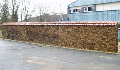 Tuile Sur Muret muret en brique construire un muret de briques pleines