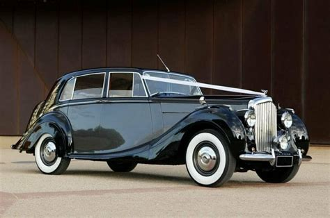 rolls royce limo rental classic rolls royce limo rental melbourne wedding car hire