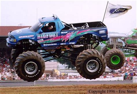 bigfoot 21 monster truck monster truck videos gameonlineflash com