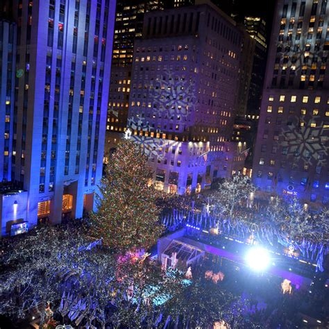 5 fast facts about this year s rockefeller christmas