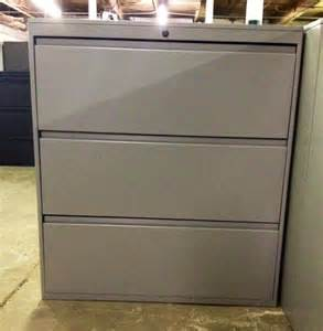 Used Lateral File Cabinet Used Office File Cabinets Trendway 3 Drawer Lateral At Furniture Finders