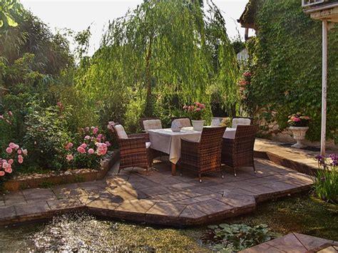 mediterraner sichtschutz terrasse mediterran terrasse