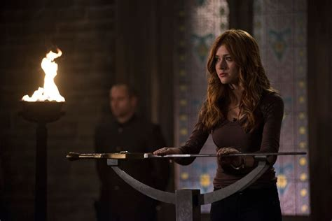 Cycle 8 Preview by Shadowhunters Season 3 Episode 8 Preview And Photos
