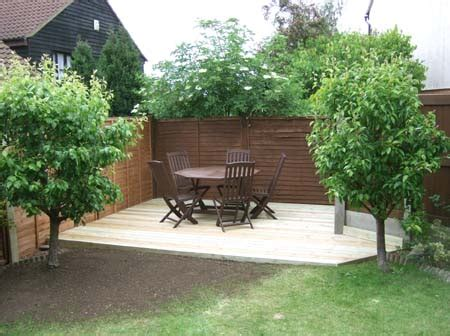 simple backyard designs simple landscaping ideas tony hakim the gardener