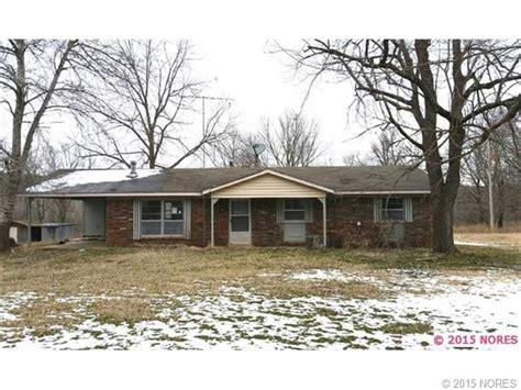 Houses For Rent In Tahlequah Area by 19546 E 626 Rd Tahlequah Ok 74464 Home For Sale And Real Estate Listing Realtor 174