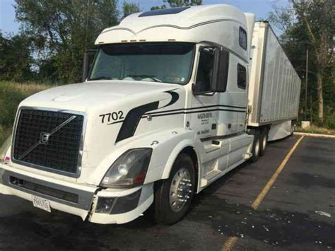 volvo 780 semi truck for sale volvo 780 2007 sleeper semi trucks