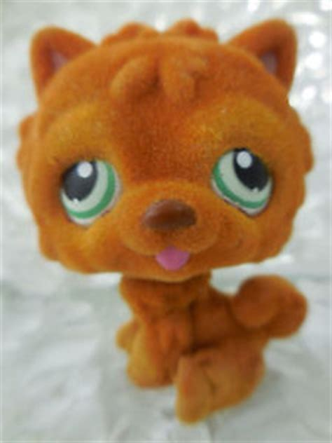 fuzzy chow chow puppy lps 332 brown fuzzy chow chow green littlest pet shop magnetic