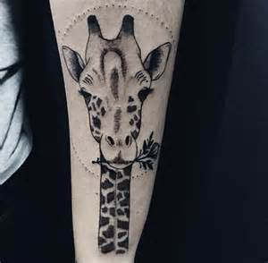 90 giraffe tattoo designs for men long neck ink ideas