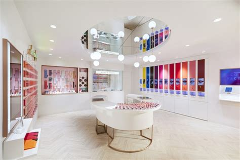 Store Etude House etude house flagship store by dalziel pow seoul south
