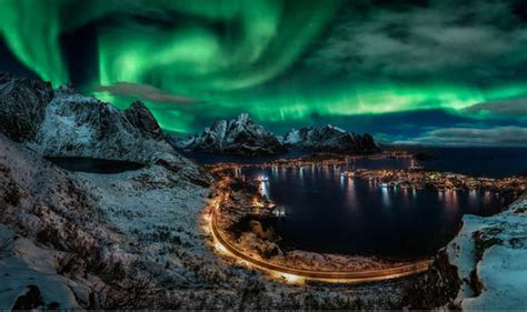 Tromso Northern Lights Northern Lights Iceland Five Of The Best Experiences On