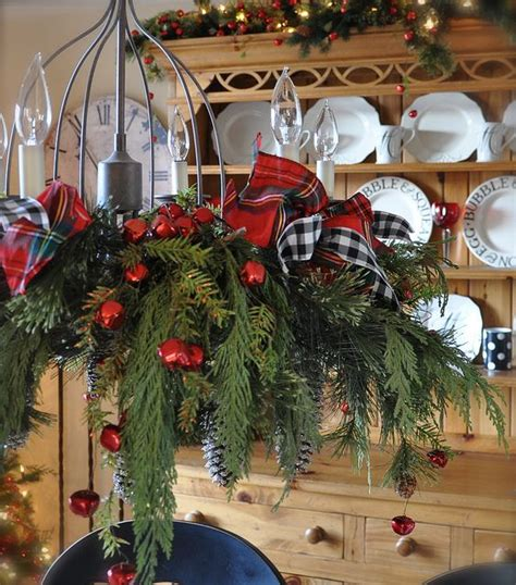 Decorate Chandelier 17 Gorgeous Chandeliers For A Yuletide Home Decor Homesthetics Inspiring Ideas For