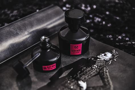 Shop Black Musk black musk the shops m 246 rkaste doft n 229 gonsin