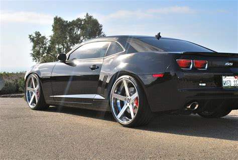 2012 camaro on 22s req pic of ss on 22s lowered with no kit camaro5