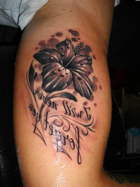 lilien tattoo 25 eindrucksvolle und inspirierende ideen
