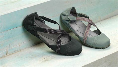 comfortable flat shoes with arch support barkingdogshoes 187 7 flats with arch support