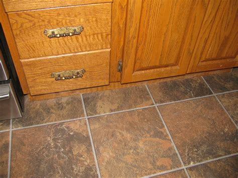 laminate flooring that looks like tile mess everybody up