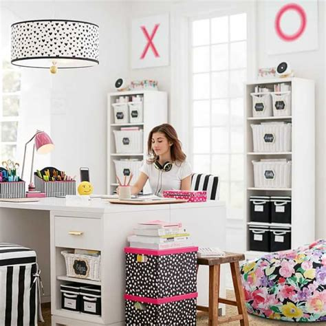 pbteen on wanelo home accessories pinterest maybaby painted hearts paper desk accessories pbteen