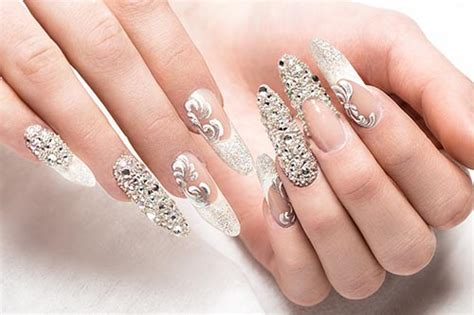 pose ongle cours d onglerie ou pose d ongles karis formation