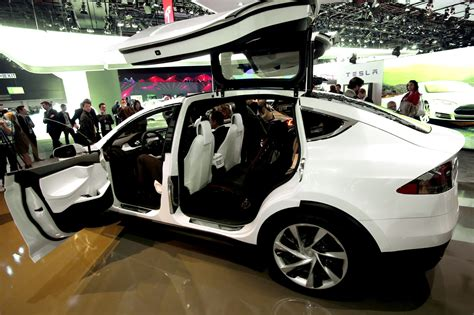 Tesla 7 Seater Suv Minivan Or All Wheel Drive Tesla Model X Will Be