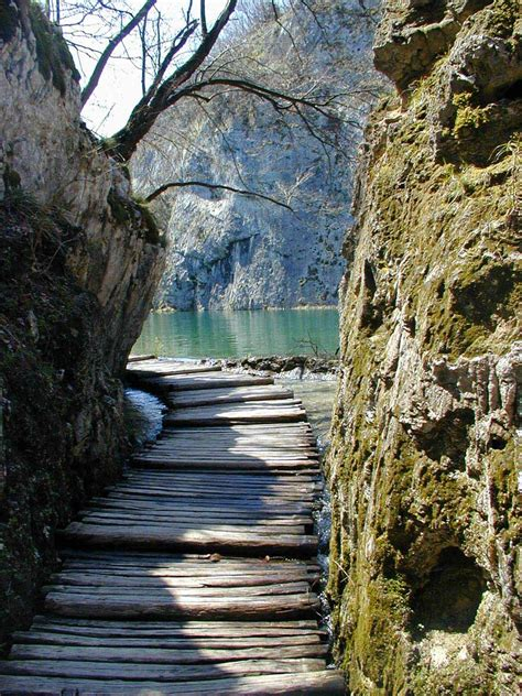 plitvice lakes national park information and pictures