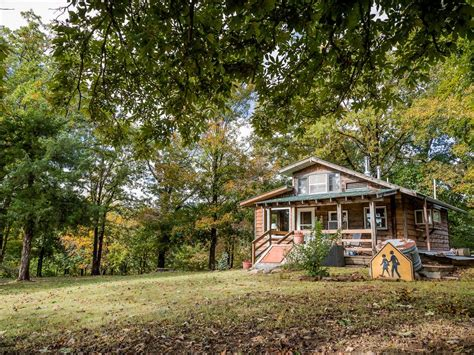 Cabins Near Fayetteville Ar by Ozark Cozy Cabin With Location Near Fayetteville And