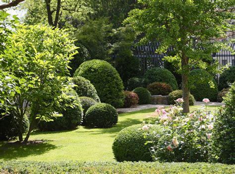 vorgarten mit kies gestalten gartenplanung