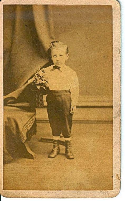 victorian era 21 victorian era post mortem photos prove how creepy the