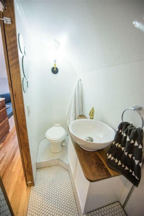 travel trailer bathroom 25 best ideas about vintage cers for sale on pinterest
