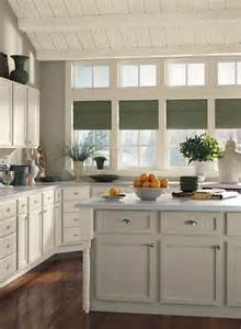 Benjamin Moore Kitchen Cabinet Paint Colors by 404 Error Ceiling Trim Gray Kitchens And Paint Colors