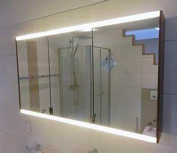 Spiegelschrank Yso by Burgbad Yso Waschtisch Mit Unterschrank 111cm Nussbaum