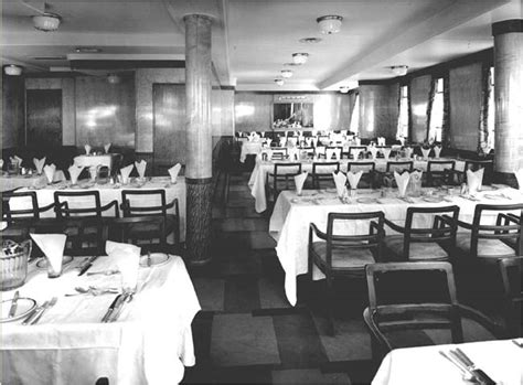 Titanic Third Class Dining Room by Pics For Gt Inside The Titanic 3rd Class
