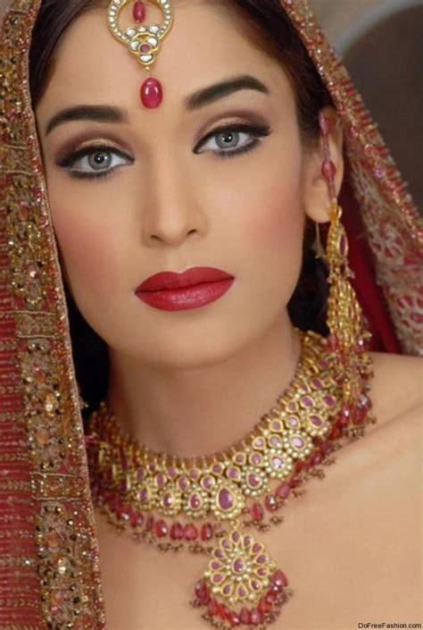 Eyeliner Krim makeup tips with makeup techniques with beautiful and fantastic bridal makeup tips 2012 free