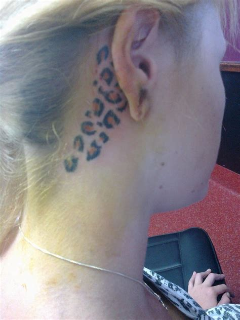 tattoo ear girl leopard style girl s ear tattoo tattoomagz