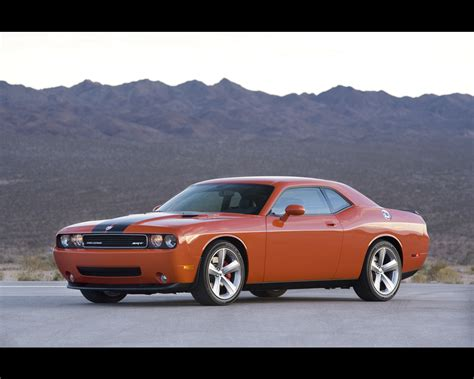 dodge challenger srt 8 2008
