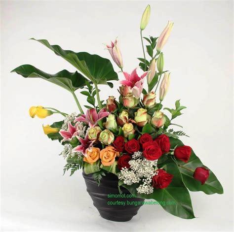 contoh gambar rangkaian bunga segar  chaos season