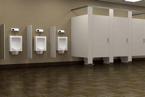 il bagno come disinfettare e pulire il bagno di un autogrill