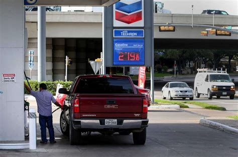 houston gas prices gas prices are rising again what does that for the