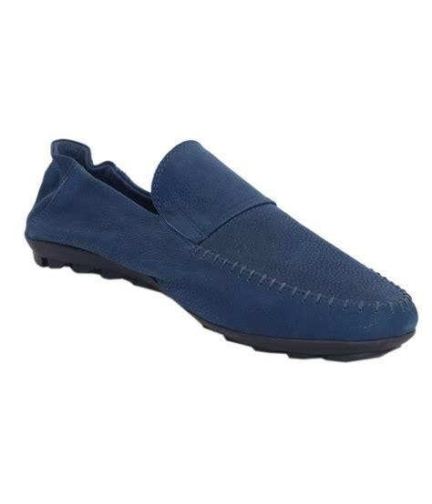 brand aurashoes
