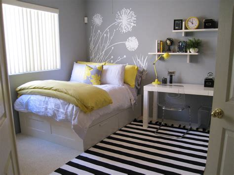 awesome small bedroom ideas how to decorate small bedroom elegant bedroom attractive