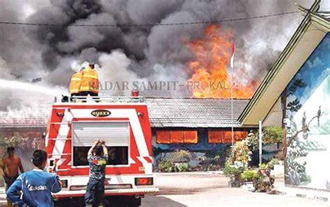 Sho Nr Lengkap berkas lengkap tujuh tersangka pembakar sekolah diadili di jakarta