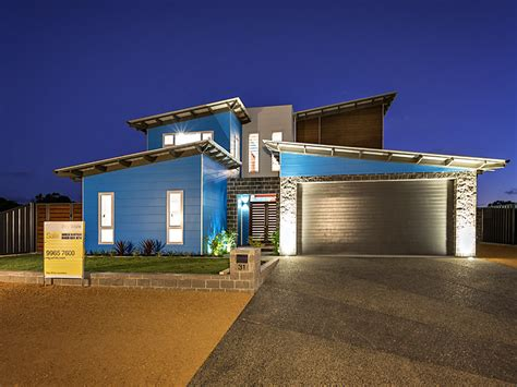 modern two storey house with streamline roof blue modern two story beach house by by streamline