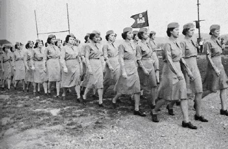 african americans in world war ii wacs women in the military how did women s roles change